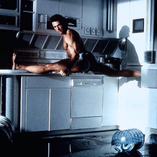 Time for a kitchen split, Jean Claude Van Damme
