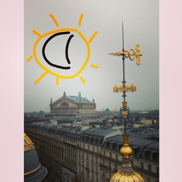 Breath taking solar eclipse in Paris