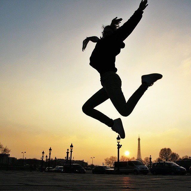 Bobbi jumping in the sunset, Paris