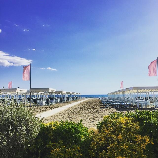 Empty beach in Forte dei Marmi