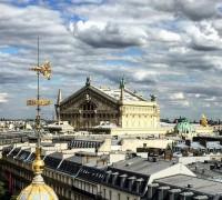Opera Garnier amazing sky